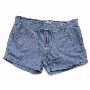 Old Navy Flirt Chambray Denim Shorts size 4